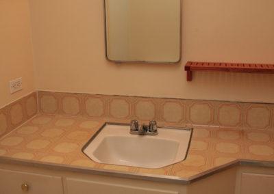 bed3_bathroom4